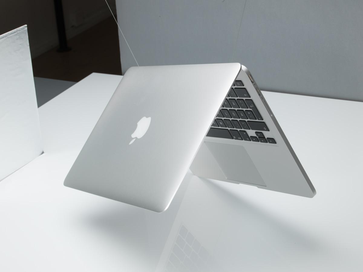 Produktfoto ljussättning produktbild MacBook Pro