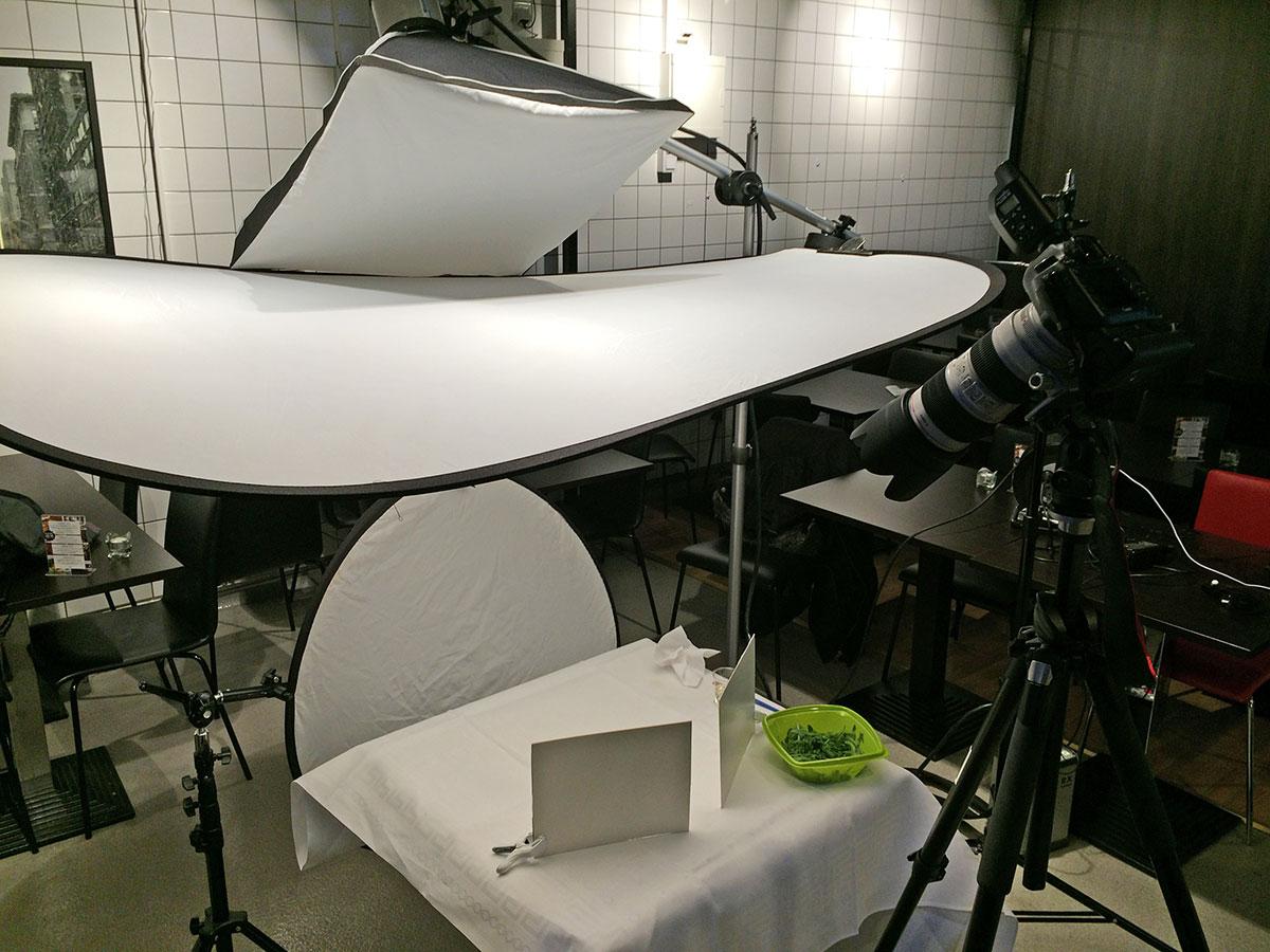 Ljussättning för matfotografering, Pauluns Deli i Örebro.